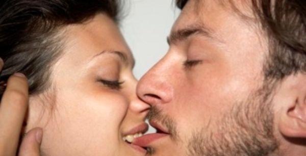 Как мужчине сделать приятно языком