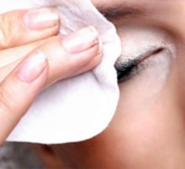 Как снять покраснение с глаз в домашних условиях