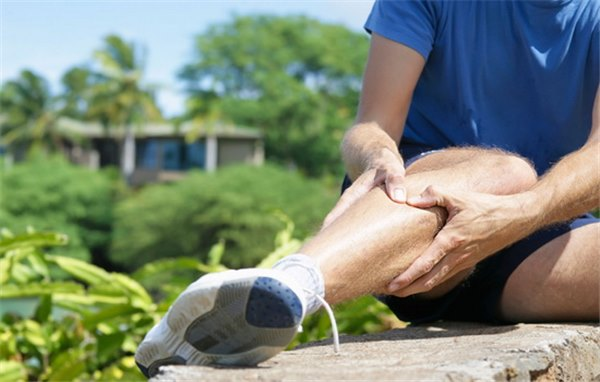 Боли в ногах от колена до ступни
