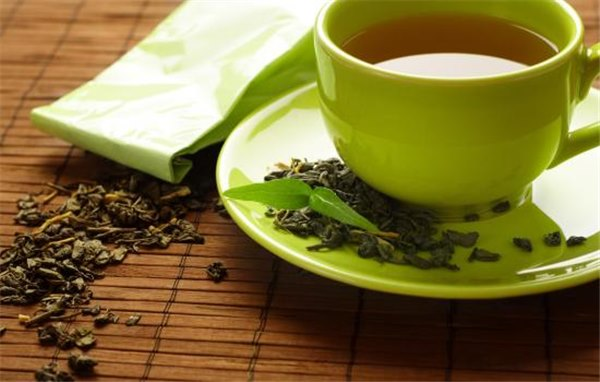 Зеленый чай: польза или вред? Когда и для чего рекомендуется употребление зеленого чая на пользу, но не во вред