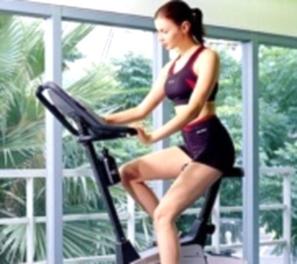 Как похудеть с помощью велотренажера?