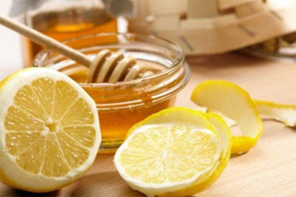 Рецепт диеты: пищевая сода, лимон и мед стоковое изображение.