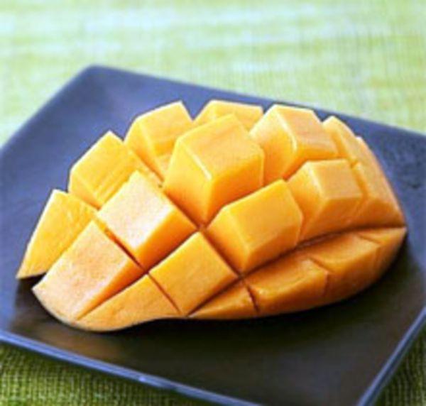 Польза манго для организма женщины и мужчины.