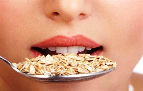 Овсянка для похудения: преимущества системы питания на геркулес ...