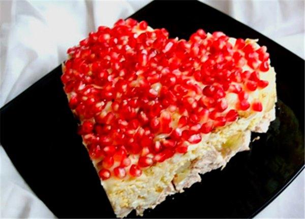 Салаты на день Святого Валентина - лучшие рецепты. Как правильно и вкусно приготовить салаты ко дню Святого Валентина.