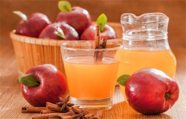 Сок яблочный без мякоти в домашних условиях